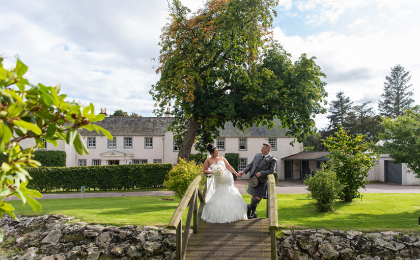 Elsick House was a dream come true for Louise & James' glamorous wedding