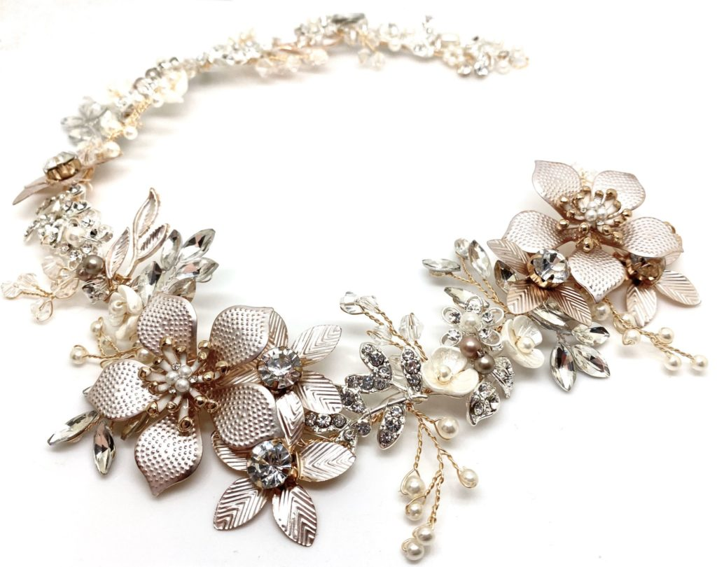 Blush floral hairpiece by Red Rocks bridal jewellery designer