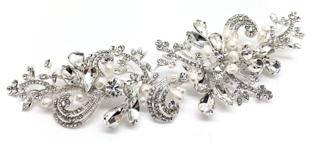 Crystal and pearl hairpiece by Red Rocks bridal jewellery designer